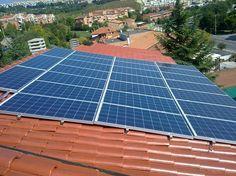Impianto fotovoltaico ad ANCONA da 4,50 kWp su copertura - 24 moduli ALEO in SILICIO POLICRISTALLINO da 185 Wp