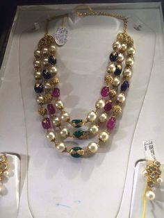 Saved by radha reddy garisa Hyderabadi Jewelry, India Jewelry, Jewellery, Pearl Necklace, Beaded Necklace, Beaded Jewelry, Wedding Planning, Jewelry Design, Jewels