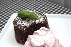 Molten Chocolate Cake / Chokolate Lava Cake