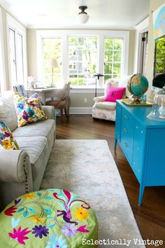 It takes a lot of neutral to make brights POP instead of overwhelm! Well done. >> My 3 Zone Sunroom Tour