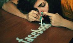 Sociale media zijn de perfecte manier om vrienden, ex-collega's of klasgenoten terug te vinden. Ze houden ons op de hoogte van wat onze familie en vrienden zoal doen en ze zijn een ideaal mediuml om nieuwe vriendsc...