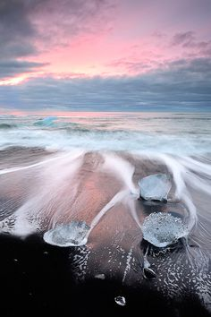 Iceland Diamonds by Carlos Resende