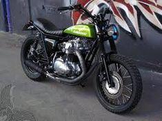 Kawasaki - 650 or bobber? Kawasaki Cafe Racer, Motos Kawasaki, Kawasaki Motorcycles, Cheap Motorcycles, Custom Motorcycles, Custom Bikes, Vintage Motorcycles, Retro Bikes, Scooters