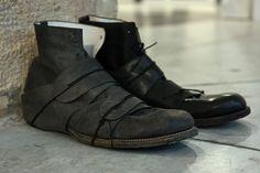 Individual Sentiments SS10 #fashion #avantgarde #dark #Minimal #simple #black #vintage #Elegent #wrinkle #trends #style #wearing