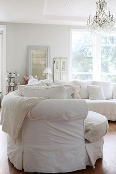 The paint in this room is a warm gray, called pearl gray. It is a Martha Stewart color from Lowe's.
