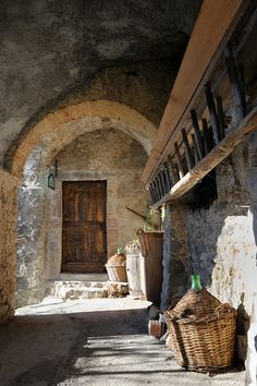 the look of Provencal stone