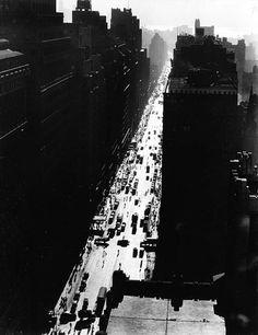 Berenice Abbott, Seventh Avenue looking south from 35th Street, date unknown