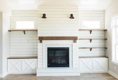 Fireplace Built Ins, Home Fireplace, Fireplace Remodel, Living Room With Fireplace, Fireplace Design, Shiplap Fireplace, Fireplaces, Basement Fireplace, Fireplace Bookshelves