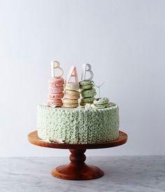the cutest baby shower cake! @nikoleherriott