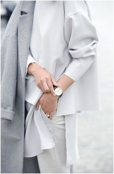 Loving these oversized, monochrome business outfits with raw edges... great take…