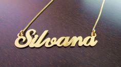 Zlata verižica z imenom Silvana http://bromelia.si/zenski-nakit/ogrlice/ogrlice-z-imenom