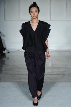 Zero + Maria Cornejo Fall 2015 Ready-to-Wear Fashion Show: Complete Collection - Style.com