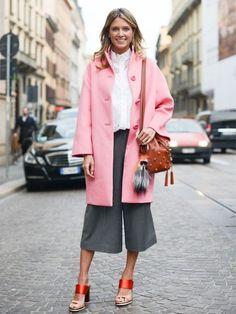 Culotte ist einer der HOSEN-Trends des Sommers - so gefällt das Styling besonders >>