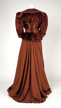 Suit Date: 1905–6 Culture: American Vista posterior