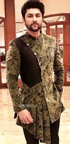 Nigerian Men Fashion, Indian Men Fashion, Mens Fashion Suits, African Fashion, Indian Wedding Clothes For Men, Wedding Dress Men, Kurta Men, Mens Sherwani, Sherwani Groom