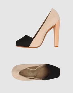 ✕ Fantastic & ladylike shoes (via THE VIIIIIIIIIIISUAL) / #shoes #style