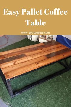 This simple coffee table was made from pallets and wood beams found in a wendy house. Palette Coffee Tables, Pallet Dining Table, Diy Outdoor Table, Pallet Tables, Pallet Benches, Pallet Bar, Outdoor Pallet, Diy Pallet Sofa, Diy Pallet Furniture