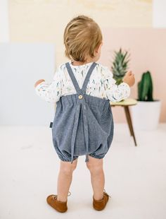 Only few days left to win this romper don't miss your chance. Info few post back. Sewing For Kids, Baby Sewing, Toddler Boy Fashion, Kids Fashion, Little Fashion, Stylish Kids, Kid Styles, Kind Mode, Kids Wear