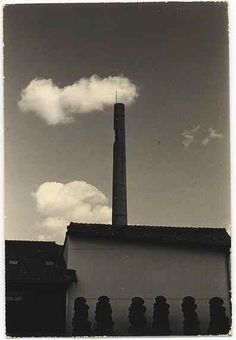 by Masao Yamamoto / more [+] by this photographer