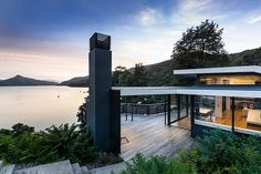 Moetapu Beach House by Parsonson Architects http://wp.me/p2p6e-rfe