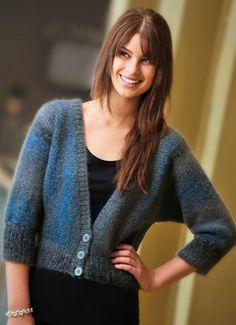 Strik smuk trøje i blå og grå Sweater And Shorts, Smuk, Feminine, Knitting, Tops, Sweaters, Knits, Marketing, Inspiration