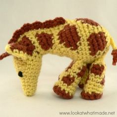 Gendry the Crochet Giraffe {A Little Zoo Animal}