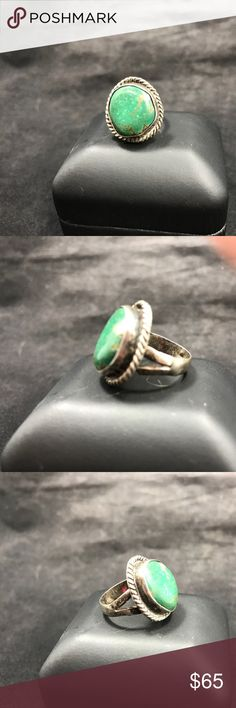 💚Unsigned Turquoise Ring💚 Unsigned sterling silver ring with dark green turquoise! EUC! Native American Jewelry Rings