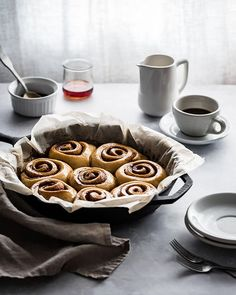 MAPLE CHAI BUTTERMILK ROLLS These chai spiced swirls of goodness are calling your name.they have actually been waiting for you to make… Non Dairy Butter, Lemon Herb, Dry Yeast, Cinnamon Rolls, Chai, Food Photography, Backlight Photography, Cravings, Spices