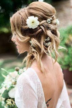 wedding hairstyles for medium hair messy updo with white flowers on blonde hair ashley gannon via instagram