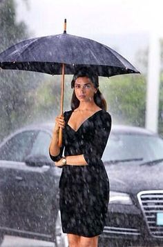 Deepika Padukone ♥  even in black, she outshines