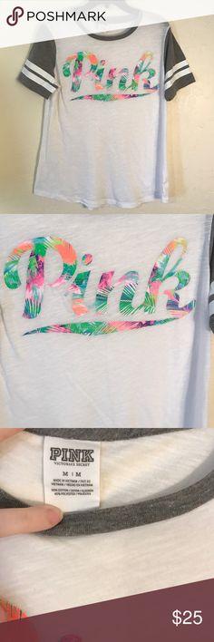 VS PINK tropical t-shirt ➡️VS PINK tropical t-shirt  ➡️Women's size medium ➡️No peeling, No stains, No damage  ➡️Excellent condition  ➡️Super soft & comfortable NO TRADES Bundle discounts ❤️Reasonable offers only please❤️ PINK Victoria's Secret Tops Tees - Short Sleeve