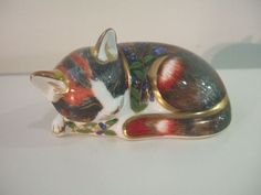 Royal Crown Derby Gold Seal 'Catnip Kitten' Paperweight. 1997 - Artmosphere Antiques Battlesbridge Essex
