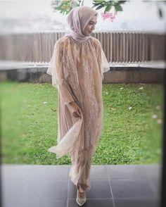 Kebaya Lace, Kebaya Hijab, Kebaya Dress, Dress Pesta, Kebaya Muslim, Batik Fashion, Women's Fashion, Kebaya Modern Dress, Batik Dress