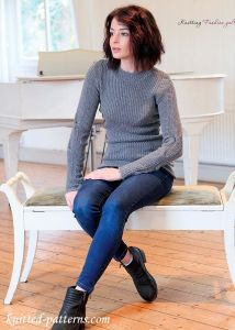 http://knitted-patterns.com/knitting-for-women/knitting/sweaters/3868-tailored-rib-sweater