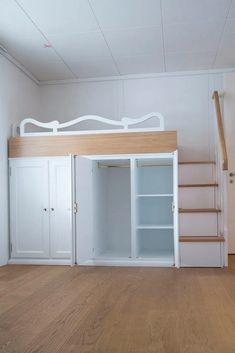 Best Ideas For Bedroom Loft Bed Closet Small Room Bedroom, Bedroom Loft, Bedroom Storage, Loft Bed Storage, Loft Bunk Beds, Corner Bunk Beds, Girls Bunk Beds, Storage Stairs, Bedroom Simple