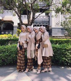 Kebaya Hijab, Kebaya Dress, Kebaya Muslim, Islamic Fashion, Muslim Fashion, Kebaya Modern Dress, Muslimah Wedding Dress, Indonesian Wedding, Hijab Style Tutorial