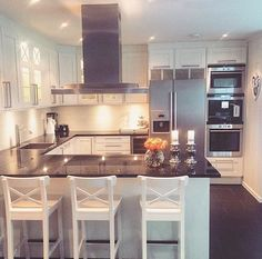 living kitchen room are readily available on our internet site. Küchen Design, House Design, Interior Design, Design Ideas, Open Plan Kitchen, New Kitchen, Kitchen Dining, Kitchen Interior, Kitchen Decor