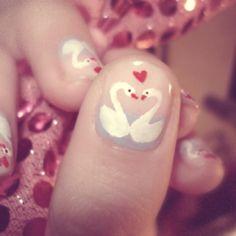 Swan nail art - Valentine's Day