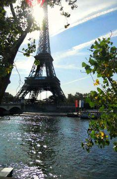 La Senna e la Tour Eiffel #Paris #Parigi - Foto di Alessandra Latinaa