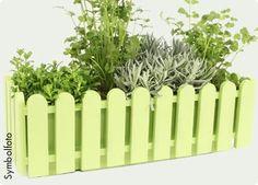 """Balkonkasten """"Landhaus"""" in verschiedenen Farben aus Kunststoff  #bellaflora #balcony #plants #flowerpot"""