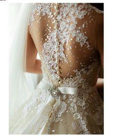 Amazing lace back wedding dress- VeluzBride