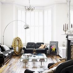 mixing modern with vintage. can't even express how much I love certain details in this room!
