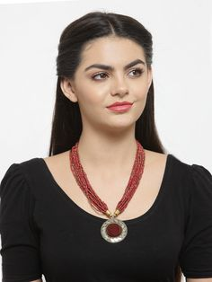 Maroon Color Pretty Bold Pendant With Poth Beading Necklace Fashion Jewelry Stores, Maroon Color, Jaipur, Animal Kingdom, Party Wear, Jewelry Collection, Beading, Pendants, Jewellery