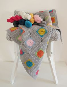 Luxury Granny Square Crochet Blanket Kit - 100% Soft Lambswool