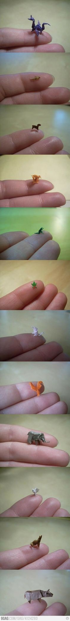 Funny pictures about Tiny Origami. Oh, and cool pics about Tiny Origami. Also, Tiny Origami photos. Instruções Origami, Origami And Kirigami, Origami Paper Art, Oragami, Paper Crafts, Diy Crafts, Origami Artist, Origami Rose, Origami Ball