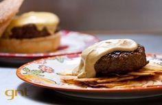 Hambúrguer com galete de batata | Panelinha - Receitas que funcionam