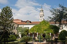 San Lazzaro degli Armeni, Cloister Gardens by Cardo Photos, via Flickr