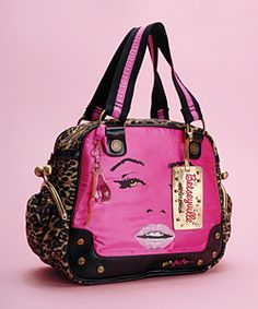 Oh Betsey, WHY do you do this to me?!? i totes need this bag<333