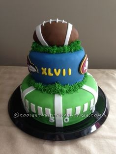Coolest Superbowl XLVII Cake... This website is the Pinterest of birthday cake ideas