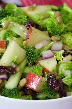 Salad Healthy Vegan Apple Broccoli Salad made with fresh ingredients is a light, healthy lunch or side dish.Healthy Vegan Apple Broccoli Salad made with fresh ingredients is a light, healthy lunch or side dish. Best Salad Recipes, Vegetarian Recipes, Cooking Recipes, Healthy Recipes, Keto Recipes, Rice Recipes, Autumn Food Recipes, Easy Recipes, Christmas Salad Recipes